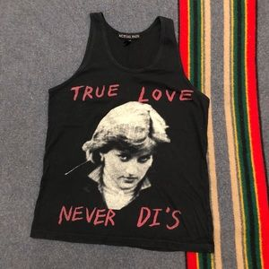 Actual Pain True Love Never Di's Tank Sz Small